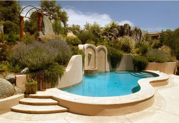 Dalpino quality pools swimming pool design gallery for Quality pool design